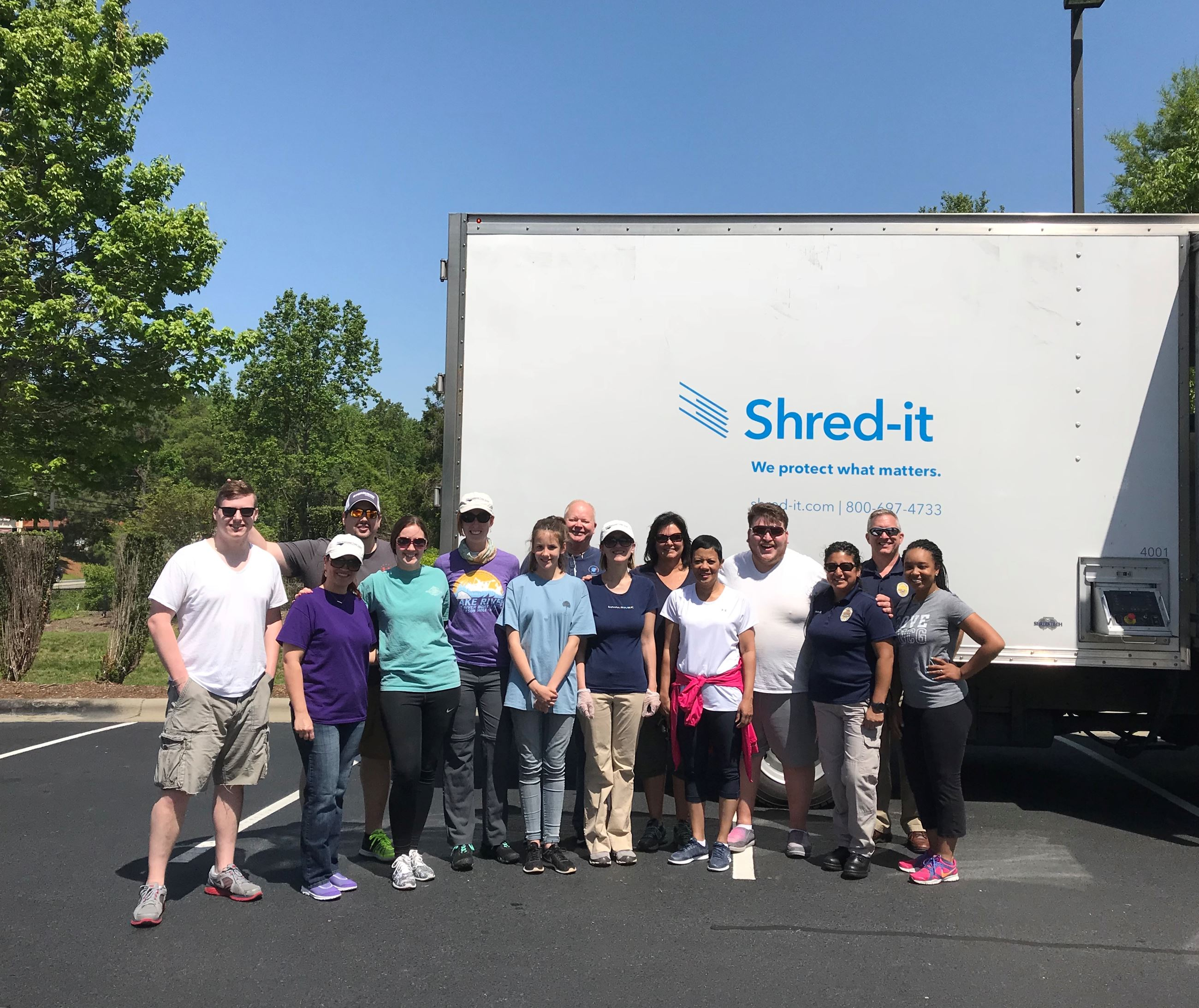 Shredding Event State Employees Credit Union 2
